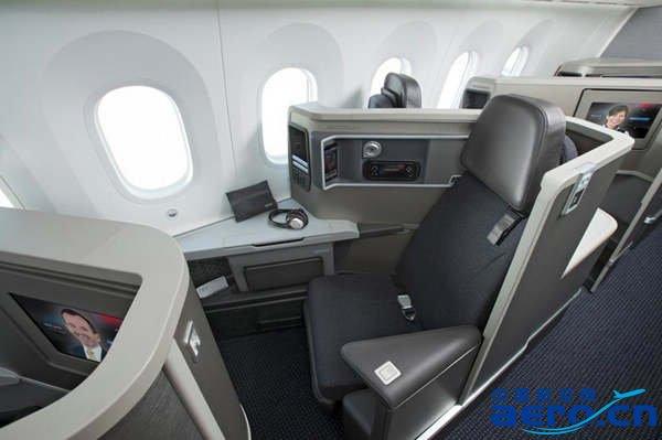 美国航空用波音787客机执飞上海—洛杉矶航线