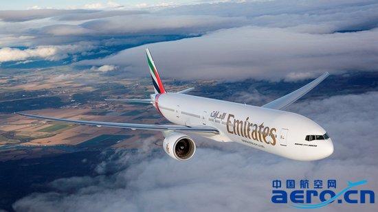 """阿联酋航空波音777-300ER。 阿联酋航空(以下简称""""阿航"""")今日宣布,将从2016年7月4日起增加从迪拜飞往南非开普敦的第三班每日航班。 新增加的航班频次将增补目前每日两班航线的运力,以满足往来这两个城市不断增加的需求,为出入境旅客提供更多便捷和选择。 该航班将由波音777-300ER执飞。去程航班EK778每天上午10:50从迪拜起飞,于当地时间18:30抵达开普敦;回程航班EK779于20:05从开普敦出发,次日07:30抵达迪拜。该航班时间将为开普敦以及整个阿航全球航"""