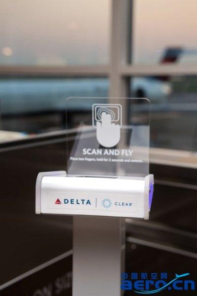 达美航空在部分机场用指纹识别代替登机牌